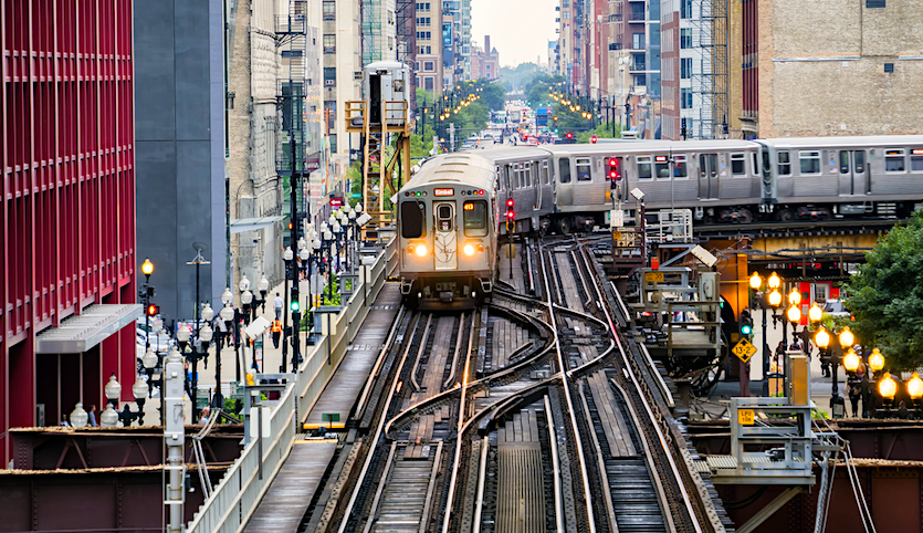 Chicago elevated train turning a corner