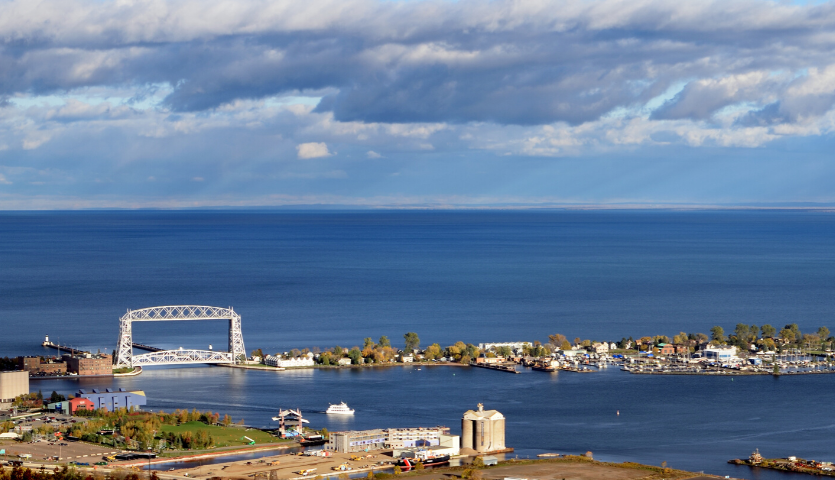 duluth minnesota from above view of aerial lift bridge